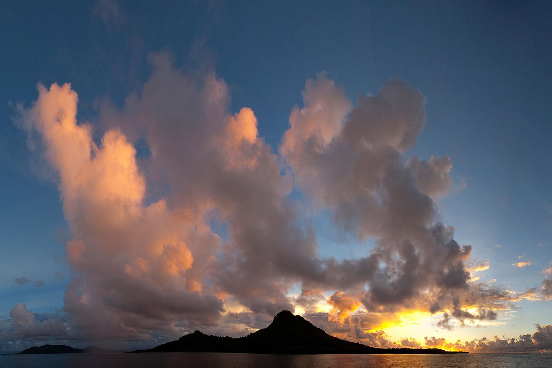 Truk Lagoon - Inseln im Abendlicht