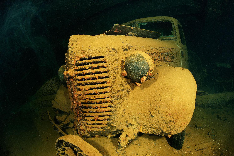 Truk Lagoon - Auto Wrack